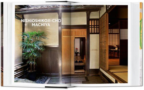 9783836588430 Living in Japan
